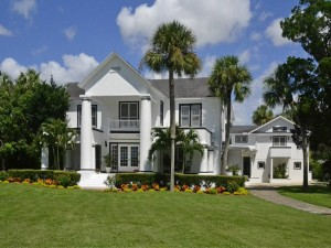 New listing by Chris Hounchell & Associates, a completely restored Tarpon Springs estate compound of the former Pappas Family built in the 1920s.